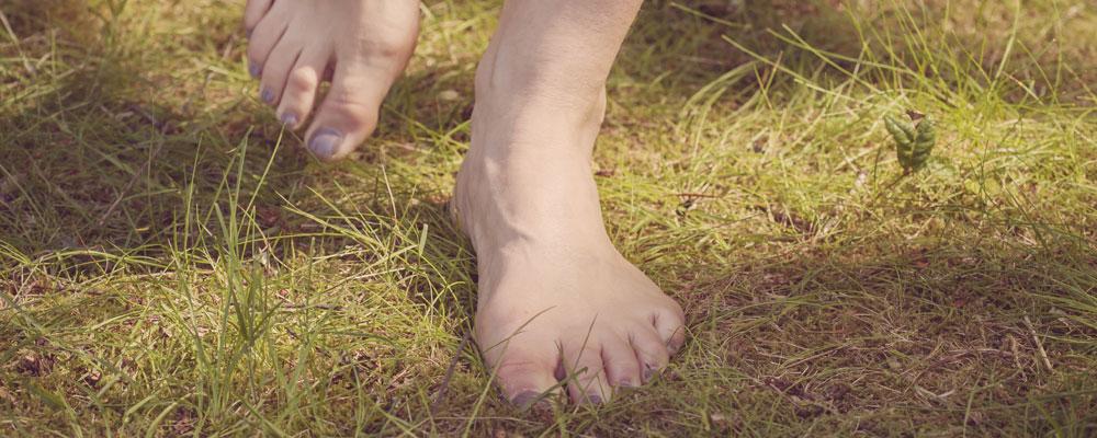 Barefoot earthing and grounding